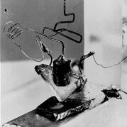 Fotografia prvého hrotového tranzistora na svete