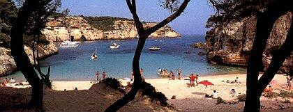Jedna z mnohých pláží na Menorce....
