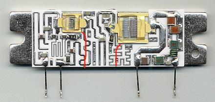 Obr.1.: Vnútro výkonového modulu S-AV17