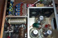 Pohľad do vnútra elektrónkového PA