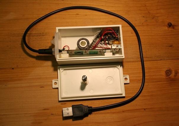 Obrázok 6 Pohľad do vnútra krabičky