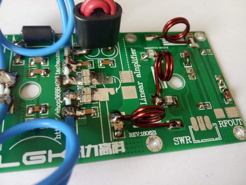 CFA / Ponte PWR sul PCB dell'amplificatore con MRF9180 / MRF186