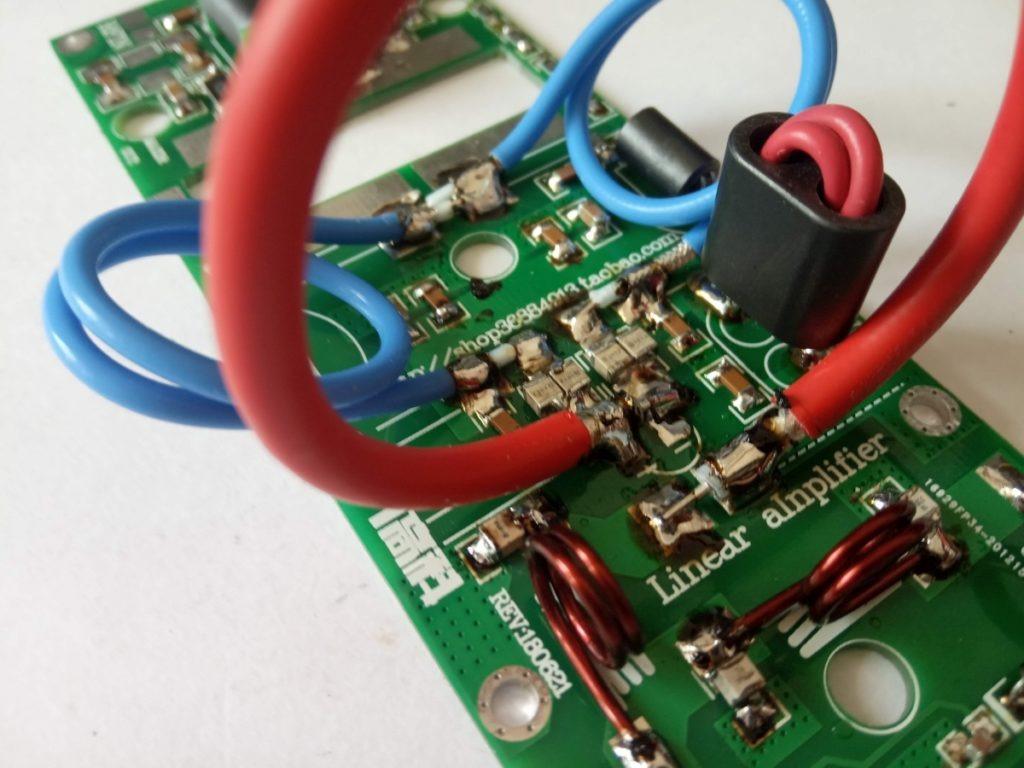 Circuiti adattatori e filtro amplificatore passa basso